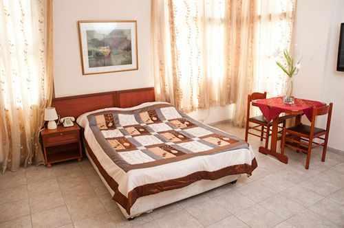 חדרים זוגיים מלון ארלוזורוב סוויט