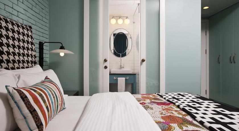 מיטה זוגית מלון סנטר שיק