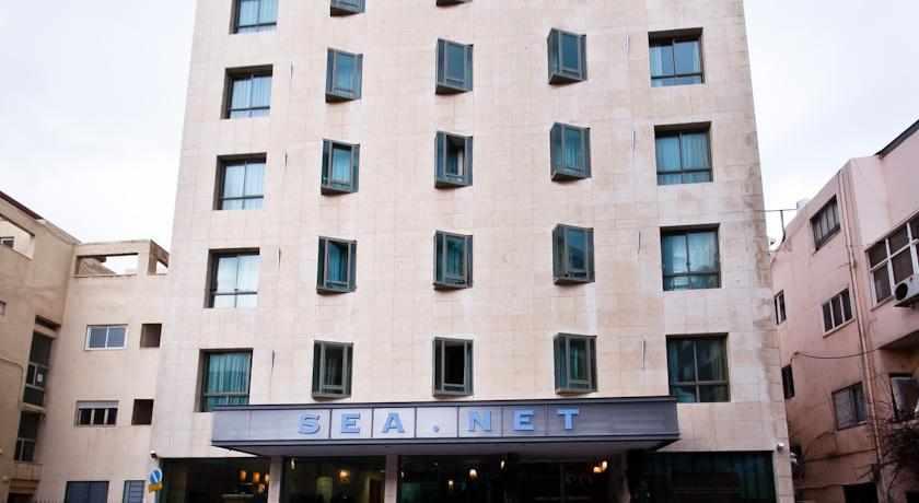 """מלון סי נט בת""""א"""