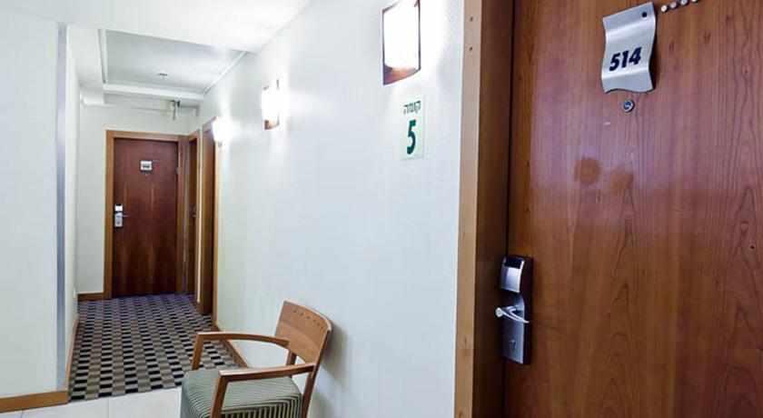 חדרים מלון סי נט