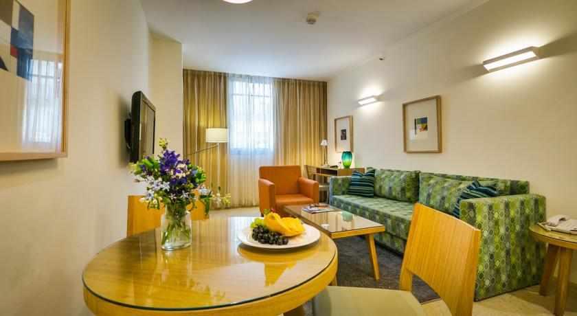 חדרי משפחה מלון מטרופוליטן