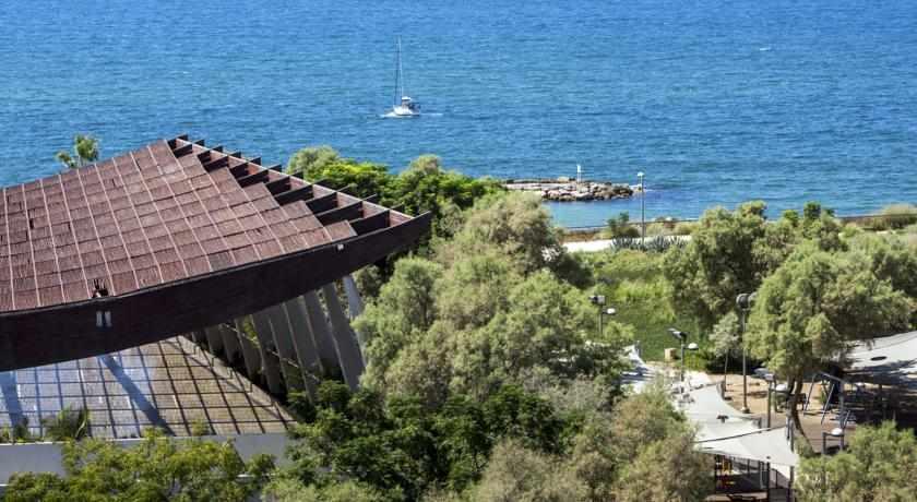 נוף לים מלון מלודי