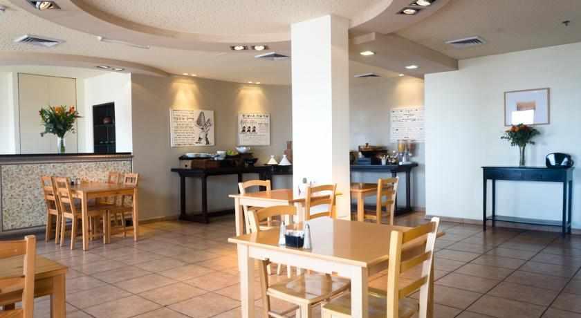 חדר אוכל מלון דה לה מר