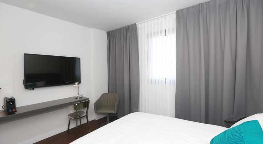 חדר מלון אולימפיה