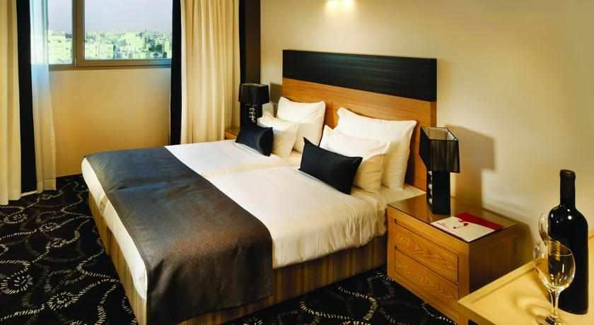 חדר זוגי מלון רימונים טאואר
