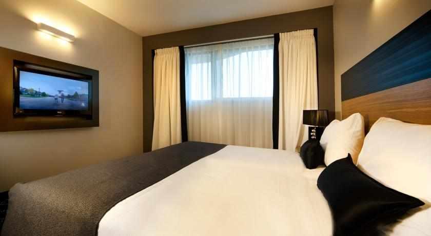 מיטות זוגיות מלון רימונים טאואר