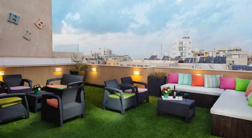 מרפסת גג מלון פורט