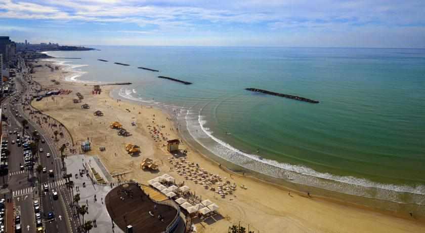חוף ים מלון שרתון