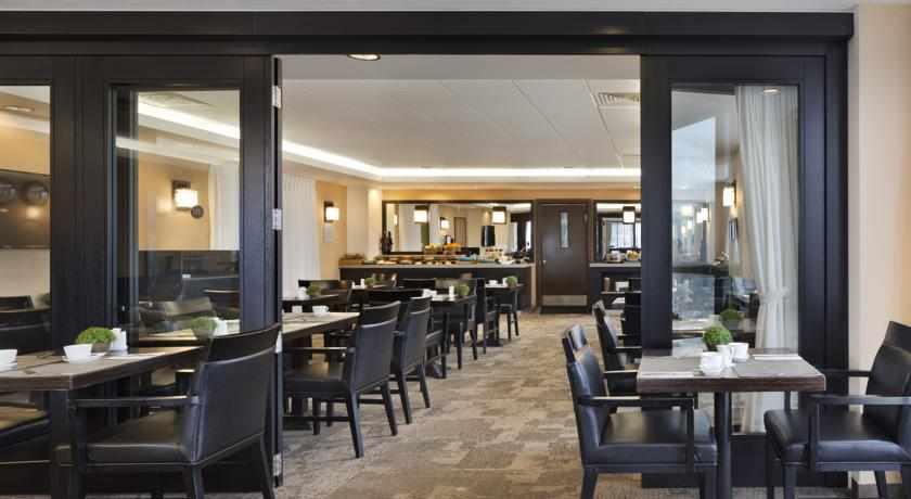 חדר אוכל מלון ויטל
